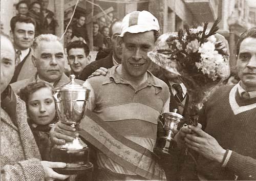 1953. Cosme Barrutia, campeón de España de ciclocross