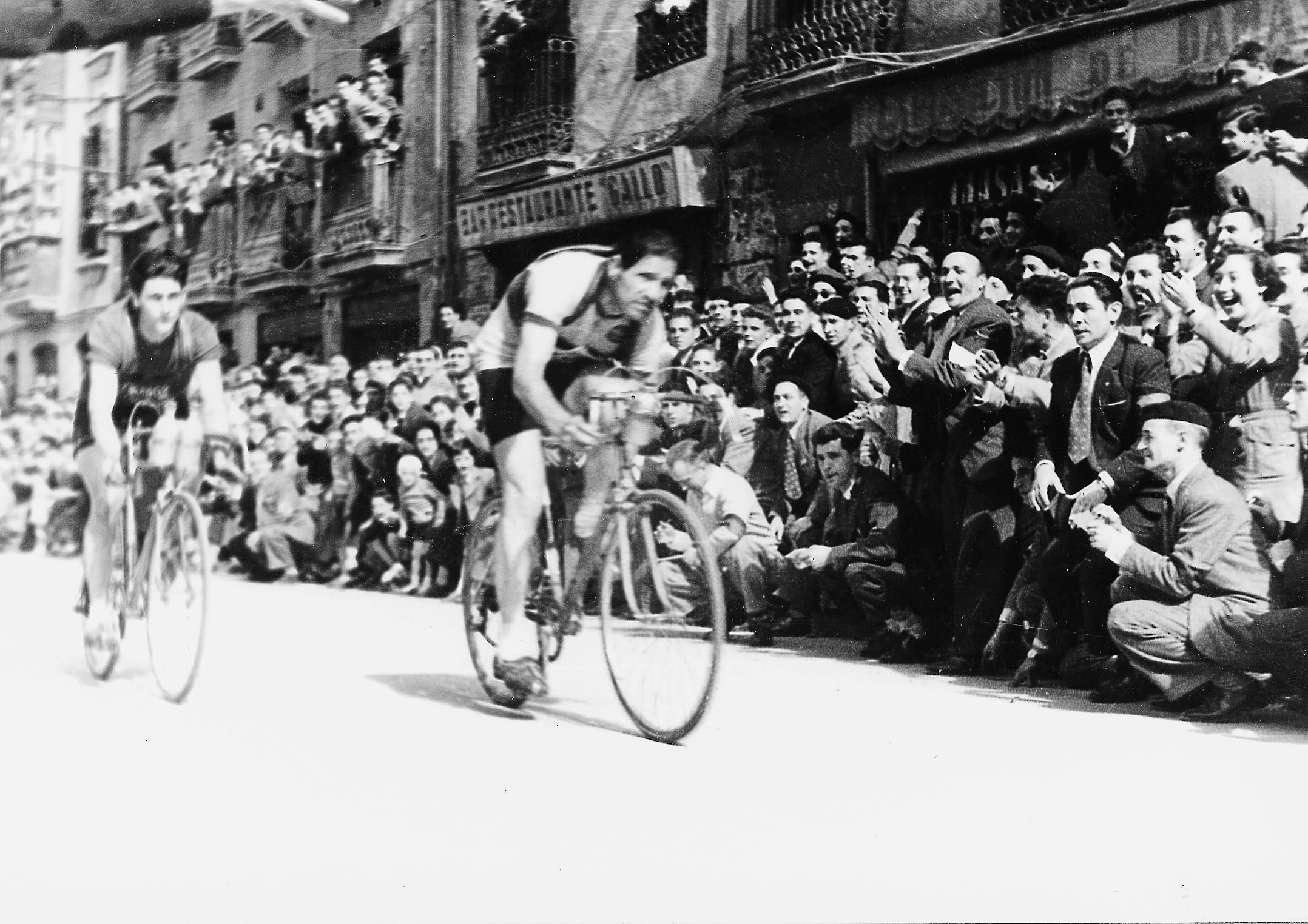1952 05 1952.tiff
