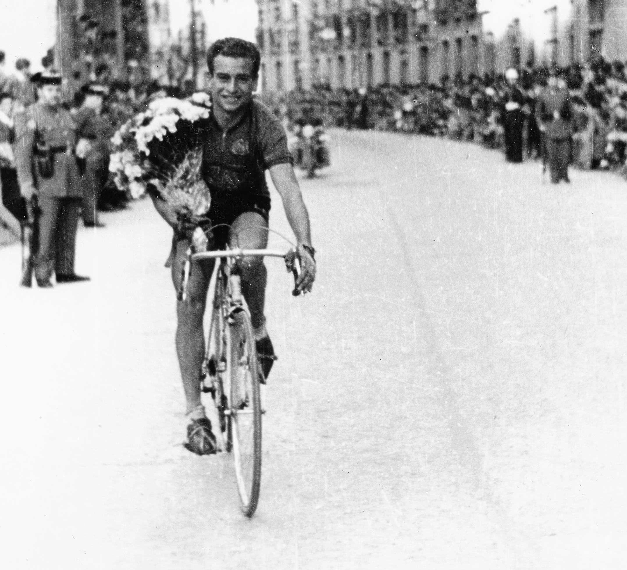 1955 14 1955.tiff
