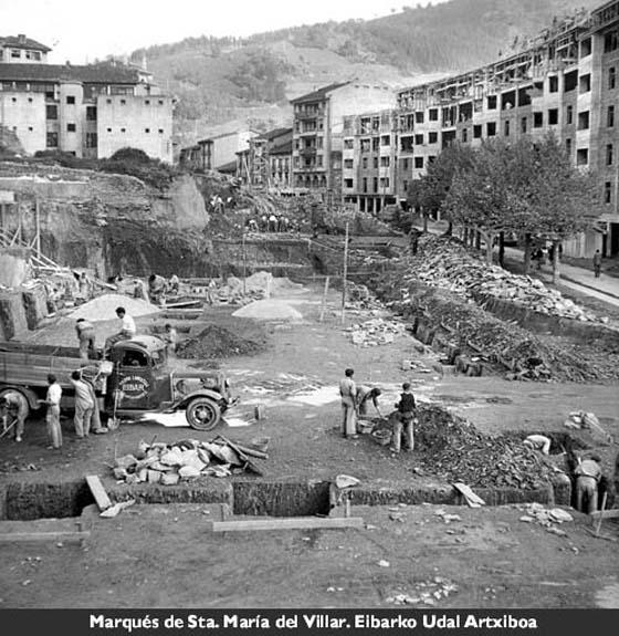 Errebaleko merkatu plaza, 1941.