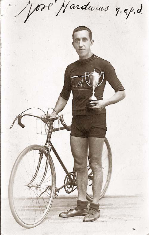 Jose Mardaras (1898-1944).